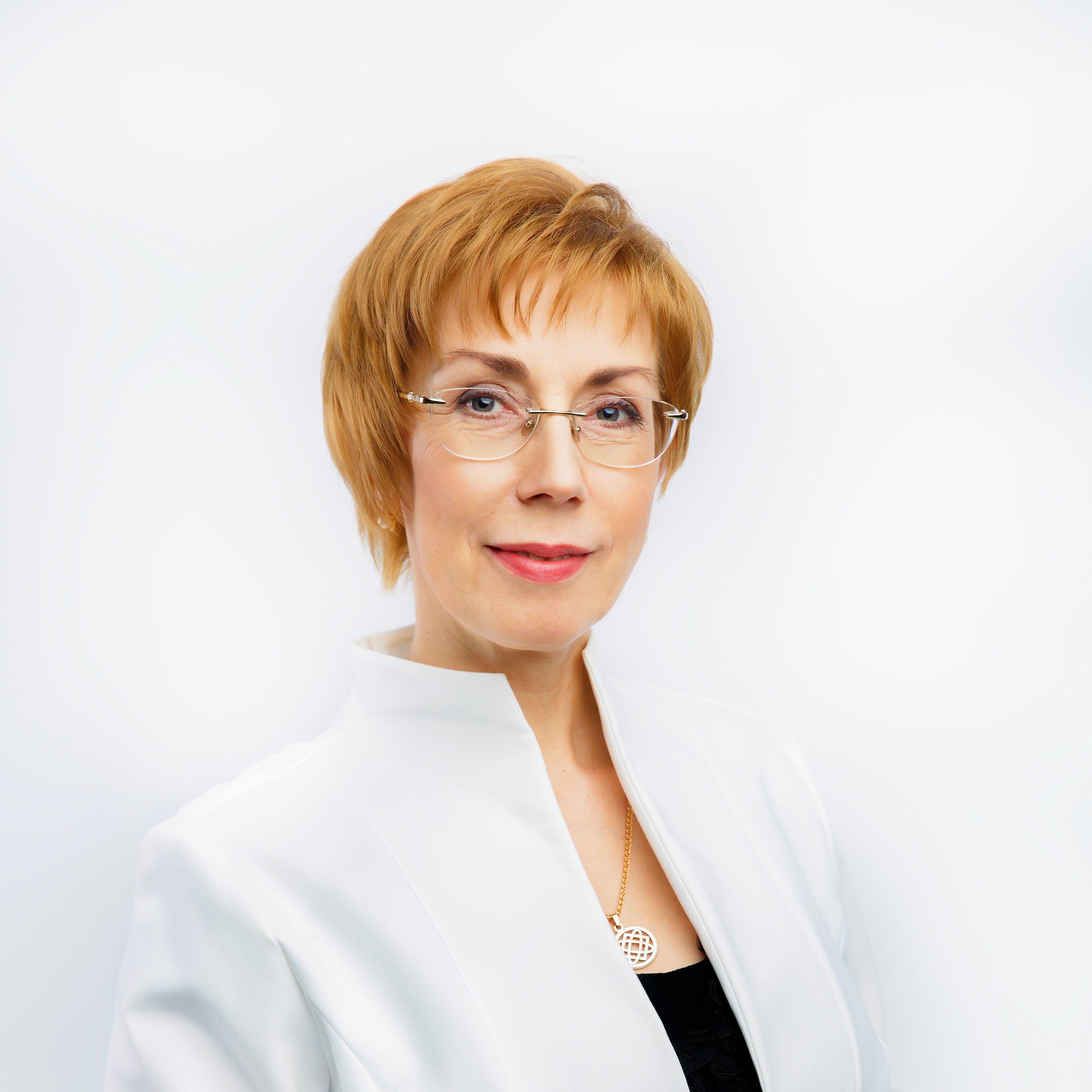 Елена Гнетнева